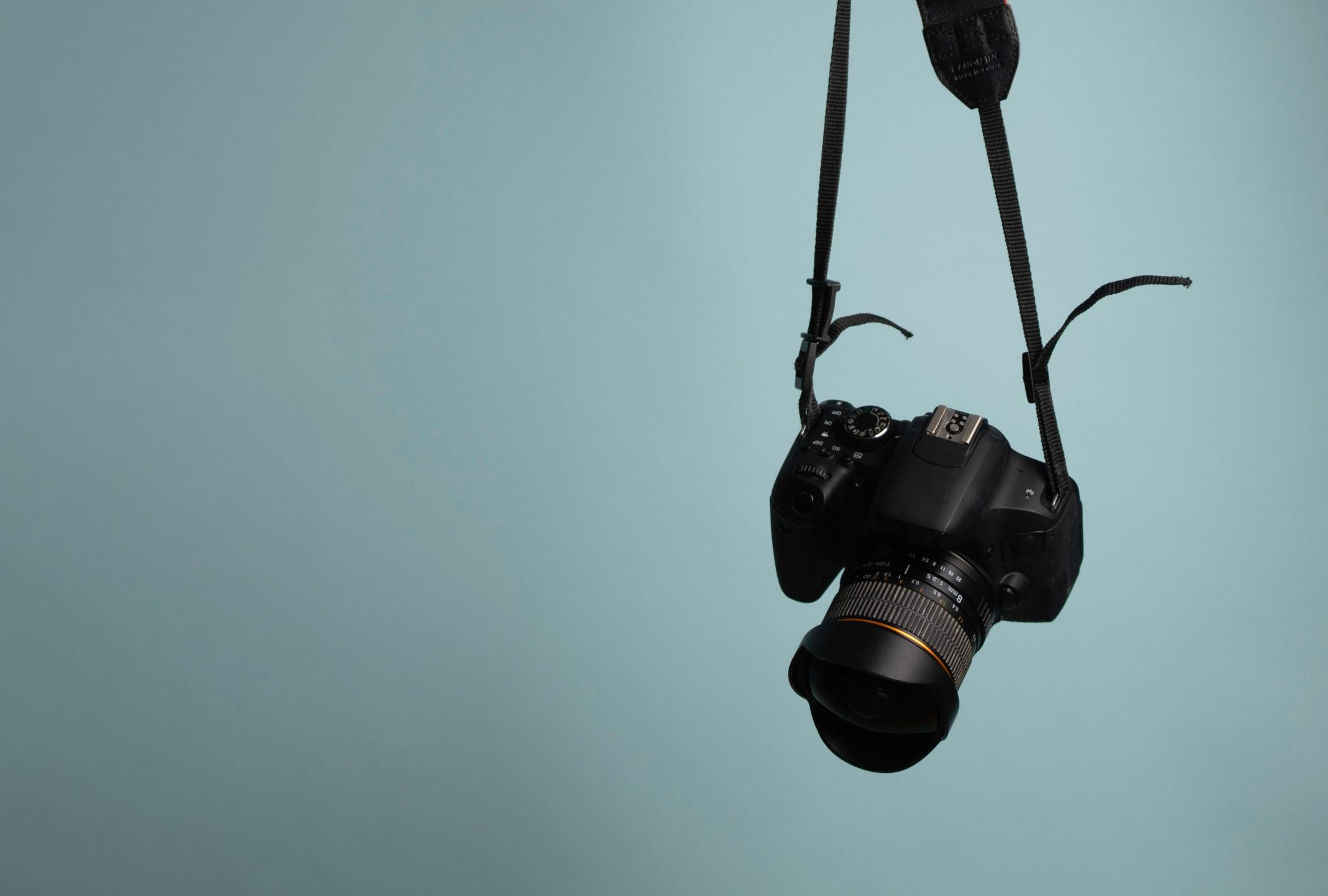 how to pick Your First DSLR